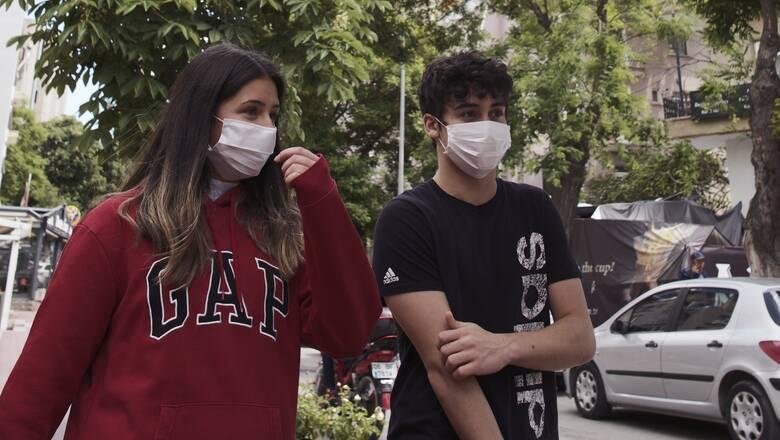 Κορωνοϊός: Πού είναι υποχρεωτική η χρήση μάσκας μέχρι τέλος Αυγούστου