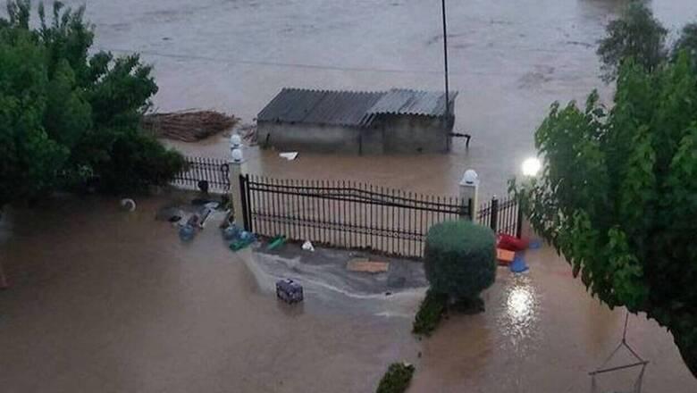 Πλημμύρες στην Εύβοια: Πού έχει διακοπεί η κυκλοφορία