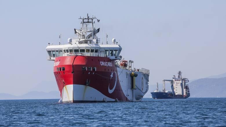 Νέα τουρκική πρόκληση: NAVTEX για έρευνες του Oruc Reis στο Καστελόριζο