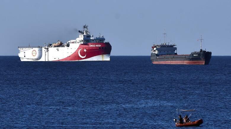 Τουρκική προκλητικότητα: Η στιγμή που αποπλέει το Oruc Reis