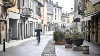 Κορωνοϊός: Ενισχύονται τα μέτρα στην Ιταλία ενόψει Δεκαπενταύγουστου