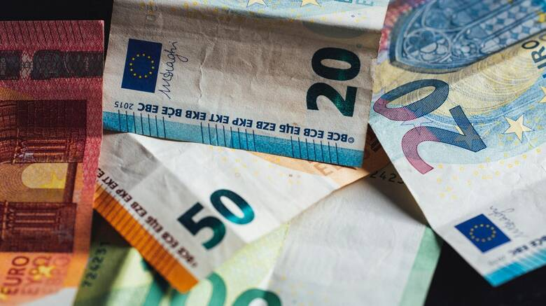 Επίδομα 534 ευρώ: Έως την Τετάρτη η καταβολή για τις αναστολές Ιουνίου