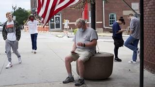 Κορωνοϊός – ΗΠΑ: Ακόμη 541 νεκροί – Τουλάχιστον 48.405 τα νέα κρούσματα