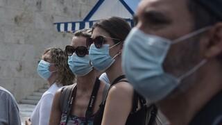 Κορωνοϊός: Ανησυχία και νέα αυστηρά μέτρα μετά τη ραγδαία διασπορά του ιού