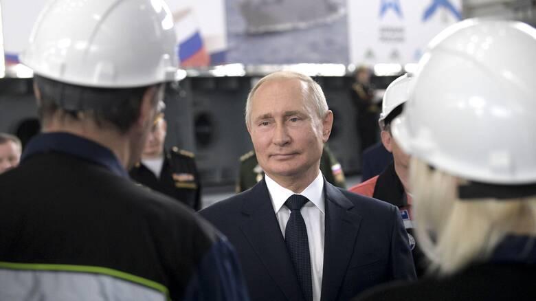 «Έχουμε εμβόλιο για τον κορωνοϊό»: Η ανακοίνωση του Πούτιν και ο εμβολιασμός της κόρης του