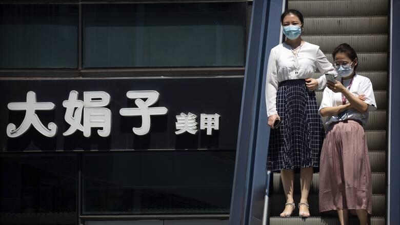 Κορωνοϊός - Κίνα: Για δεύτερη φορά μέσα σε έξι μήνες διαγνώστηκε θετική στον ιό