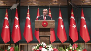 Foreign Policy: Πώς ο Ερντογάν έκρυψε μια οικονομική καταστροφή στο τουρκικό τραπεζικό σύστημα