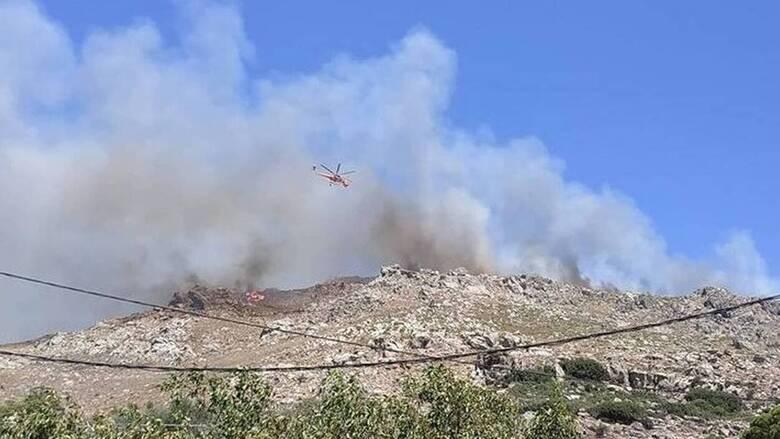 Χανιά: Ανεξέλεγκτη μαίνεται η φωτιά - Πληροφορίες ότι κάηκαν σπίτια