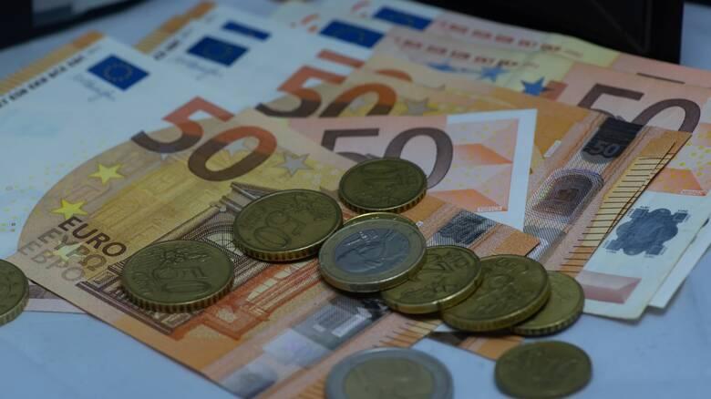Προκαταβολή φόρου: Όλα όσα πρέπει να γνωρίζετε για τη μείωση