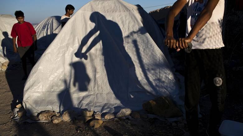 Κορωνοϊός - Χίος: Σε αποκλεισμό το ΚΥΤ της ΒΙΑΛ μετά την επιβεβαίωση δεύτερου κρούσματος
