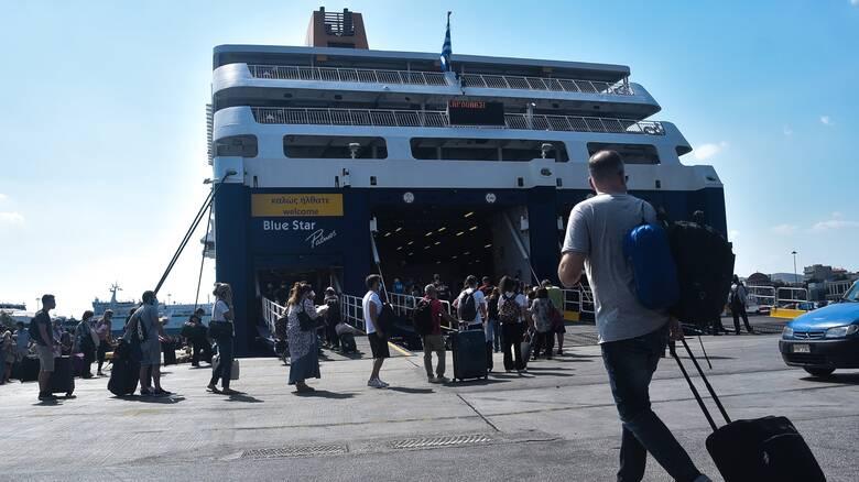 Δεκαπενταύγουστος: Η μεγάλη έξοδος των εκδρομέων - Αυξημένη κίνηση στα λιμάνια