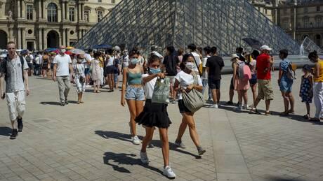 Κορωνοϊός – Γαλλία: Παρίσι και Μασσαλία κηρύσσονται ζώνες «υψηλού ρίσκου»