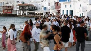 Το «φαινόμενο της πλατείας» ανησυχεί την κυβέρνηση