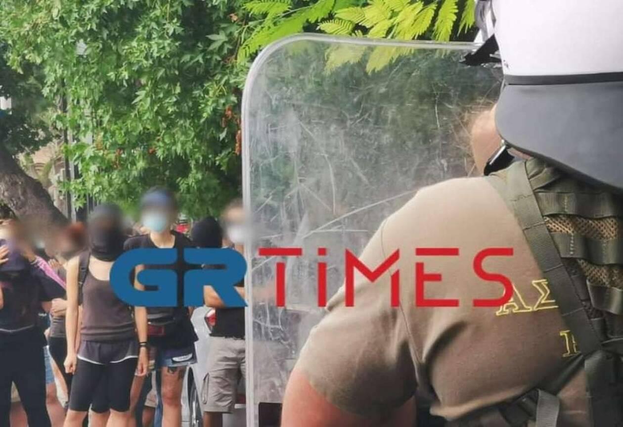 https://cdn.cnngreece.gr/media/news/2020/08/17/231015/photos/snapshot/thess1.jpg