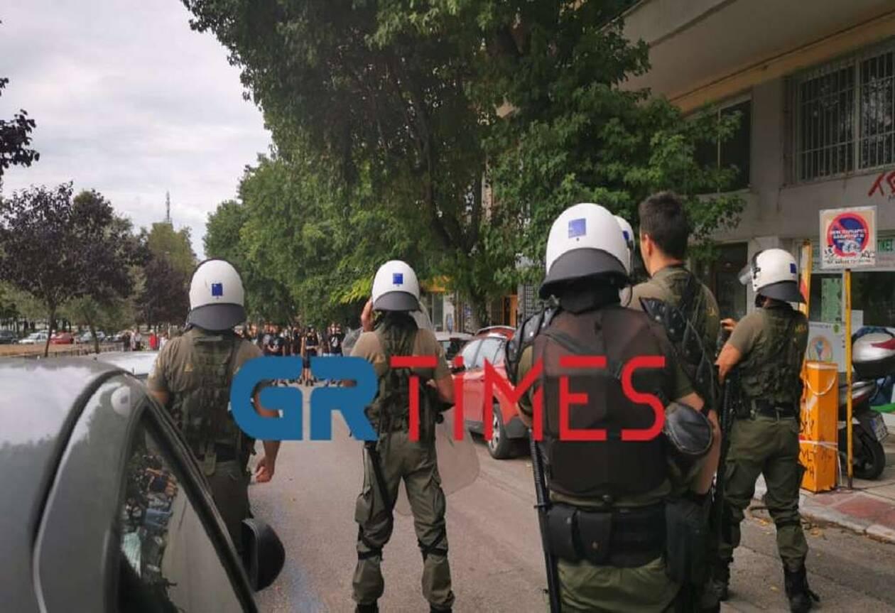 https://cdn.cnngreece.gr/media/news/2020/08/17/231015/photos/snapshot/thess5.jpg