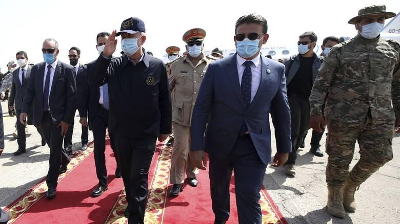 Στη Λιβύη υπουργοί Τουρκίας, Κατάρ και Γερμανίας εν μέσω προσπαθειών για εκεχειρία