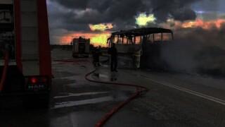 Φθιώτιδα: Λεωφορείο του ΚΤΕΛ κάηκε ολοσχερώς στην εθνική οδό