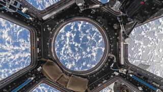 Εικόνες που «κόβουν» την ανάσα: Ο Διεθνής Διαστημικός Σταθμός μέσα από τα μάτια ενός φωτογράφου