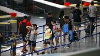 Κορωνοϊός: Ένταση σε πτήση από Ρόδο με επιβάτη που αρνούνταν να βάλει μάσκα
