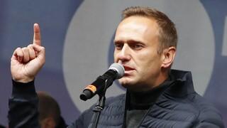 Ρωσία: Θρίλερ με την κατάσταση υγείας του Ναβάλνι μετά τα «συμπτώματα δηλητηρίασης»