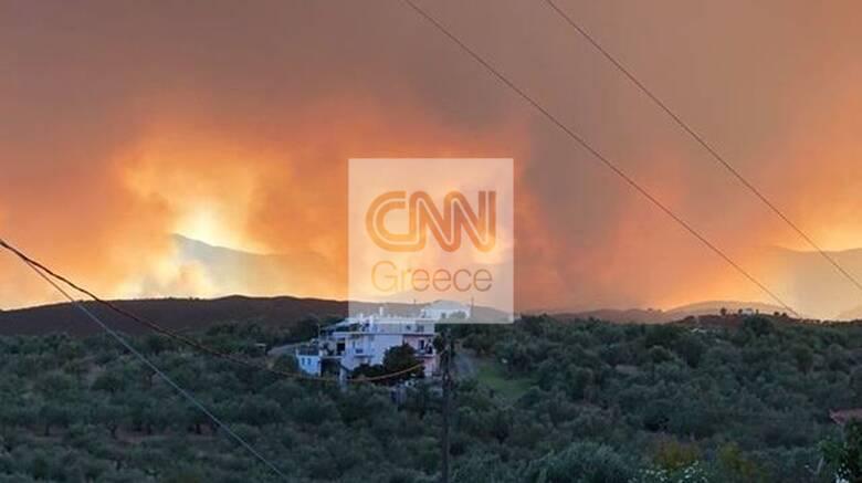 Φωτιά στη Μάνη: Ολονύχτια η μάχη με τις φλόγες - Καλύτερη η εικόνα σήμερα