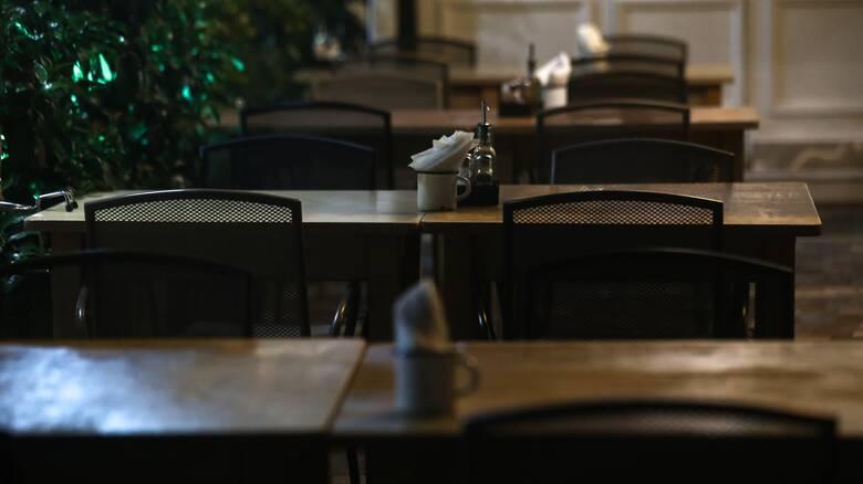 Κορωνοϊός: Λουκέτα και πρόστιμα σε καταστήματα που δεν έκλεισαν τα μεσάνυχτα στην Κρήτη