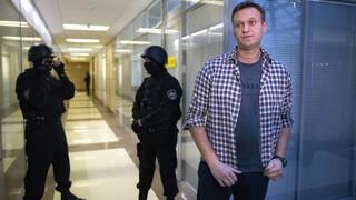 Ρωσική εφημερίδα: Ο Ναβάλνι βρισκόταν υπό αστυνομική παρακολούθηση πριν ασθενήσει