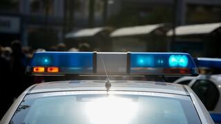 Κρήτη: 29χρονη επιχείρησε να σκάσει λάστιχα περιπολικού επειδή αστυνομικοί έκαναν έλεγχο