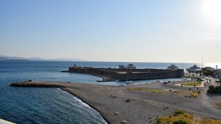 Συγκλονιστικό βίντεο: Διάσωση 3χρονης από ferry boat ανοιχτά της παραλίας του Αντιρρίου
