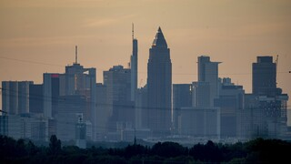 Σε βαθιά ύφεση και η Γερμανία – «Βουτιά» 9,7% στο ΑΕΠ