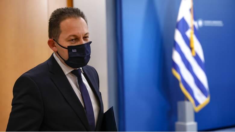Πέτσας: Κυρώσεις σε όσους μαθητές δεν φορούν μάσκα