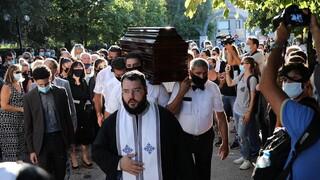 Γιάννης Πουλόπουλος: Το τελευταίο «αντίο» στον σπουδαίο τραγουδιστή