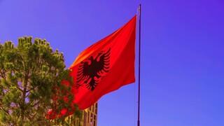 Τι λέει το αλβανικό ΥΠΕΞ για την επέκταση της αιγιαλίτιδας ζώνης