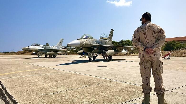 ΓΕΕΘΑ: Πολεμικά μαχητικά από τα Ηνωμένα Αραβικά Εμιράτα στη Σούδα