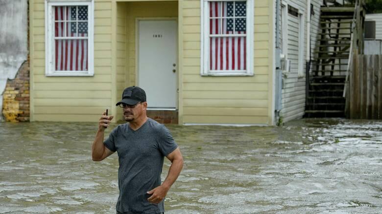 ΗΠΑ: Τουλάχιστον 14 νεκροί από τον κυκλώνα Λόρα σε Λουιζιάνα και Τέξας