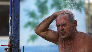 Καύσωνας: Ποιοι κινδυνεύουν - Οδηγίες για να προφυλαχθείτε