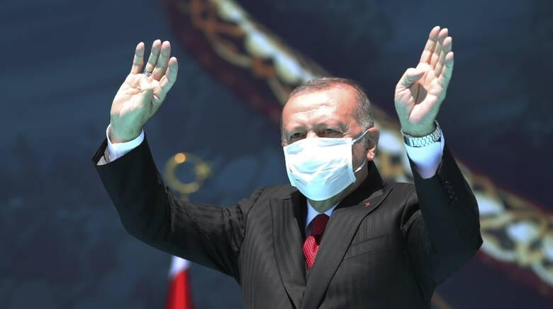 Νέες προκλητικές δηλώσεις Ερντογάν με αφορμή την τουρκική νίκη στον πόλεμο της Μικράς Ασίας