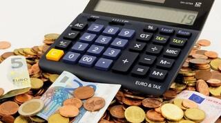 Σήμερα η πληρωμή των δυο δόσεων του φόρου εισοδήματος – Τι θα γίνει με τις οφειλές του κορωνοϊού