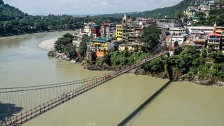 Γαλλίδα τράβηξε βίντεο γυμνή σε ιερή γέφυρα της Ινδίας και συνελήφθη