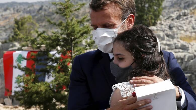 Στον Λίβανο ξανά ο Μακρόν: Αν δεν υπάρξει πολιτική αλλαγή, ίσως υπάρξουν κυρώσεις