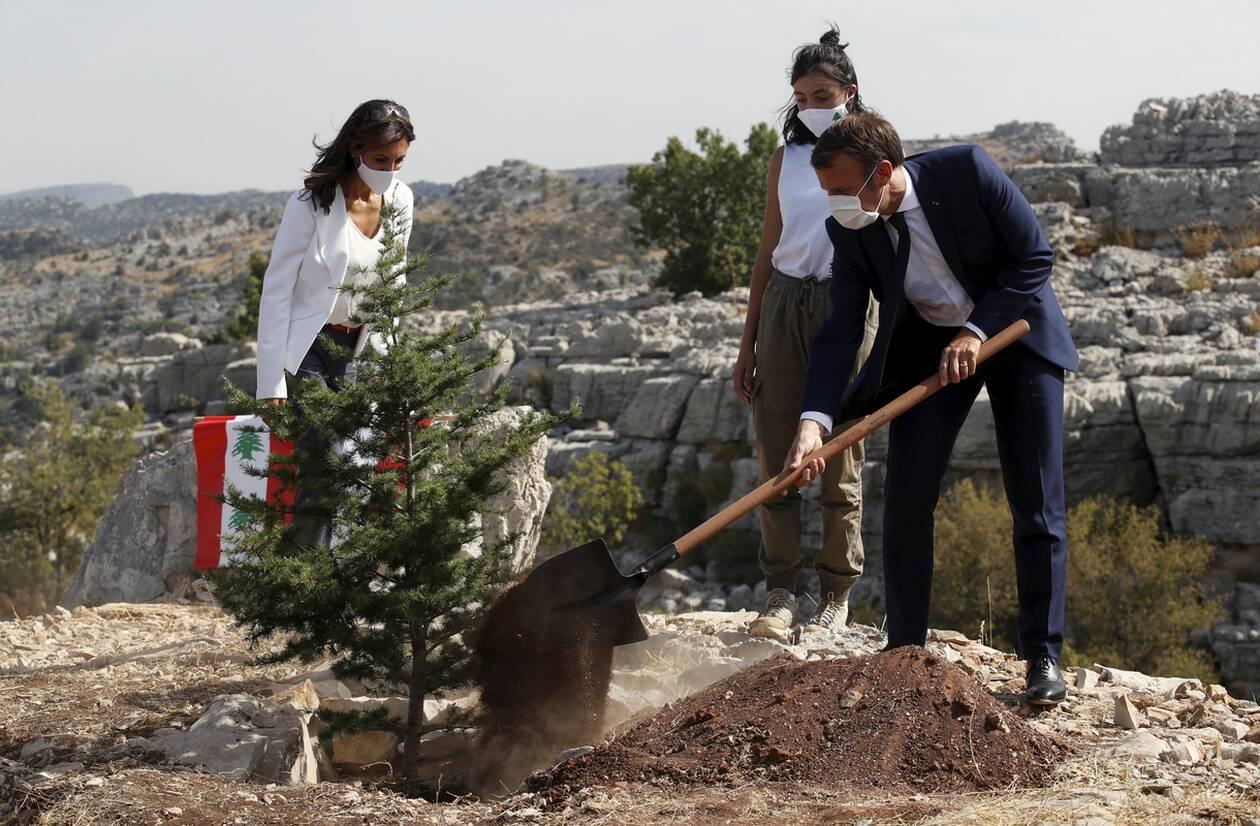 https://cdn.cnngreece.gr/media/news/2020/09/01/232746/photos/snapshot/makron_viritos-2.jpg