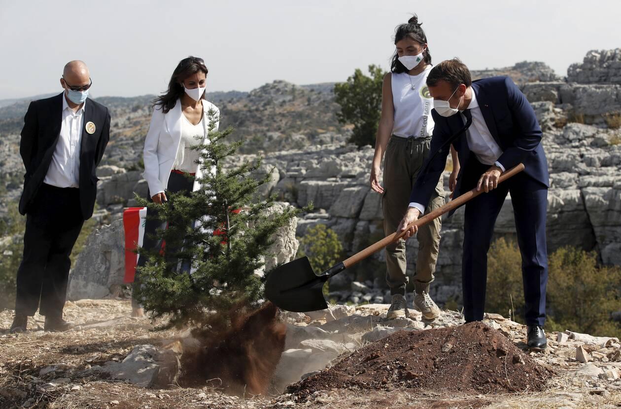 https://cdn.cnngreece.gr/media/news/2020/09/01/232746/photos/snapshot/makron_viritos-4.jpg
