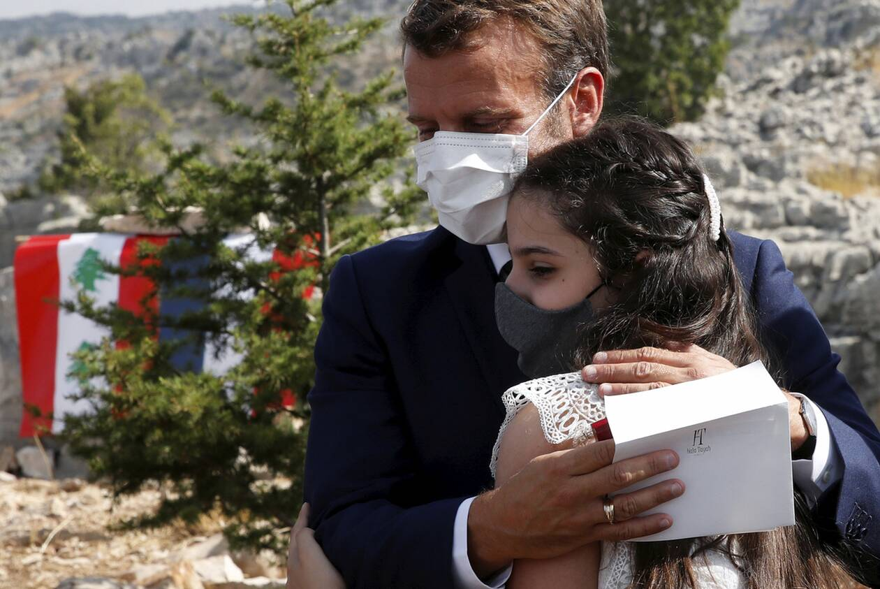 https://cdn.cnngreece.gr/media/news/2020/09/01/232746/photos/snapshot/makron_viritos-7.jpg