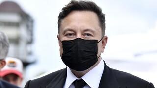 Ο Έλον Μασκ είναι πλέον ο τρίτος πλουσιότερος άνθρωπος στον κόσμο
