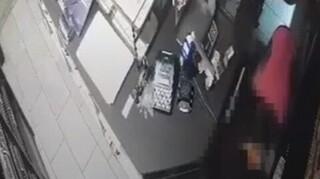 Βίντεο - ντοκουμέντο: Πώς ξάφριζε καταστήματα στα νότια προάστια σπείρα ανηλίκων