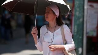 Καιρός: Παραμένουν οι υψηλές για την εποχή θερμοκρασίες και σήμερα