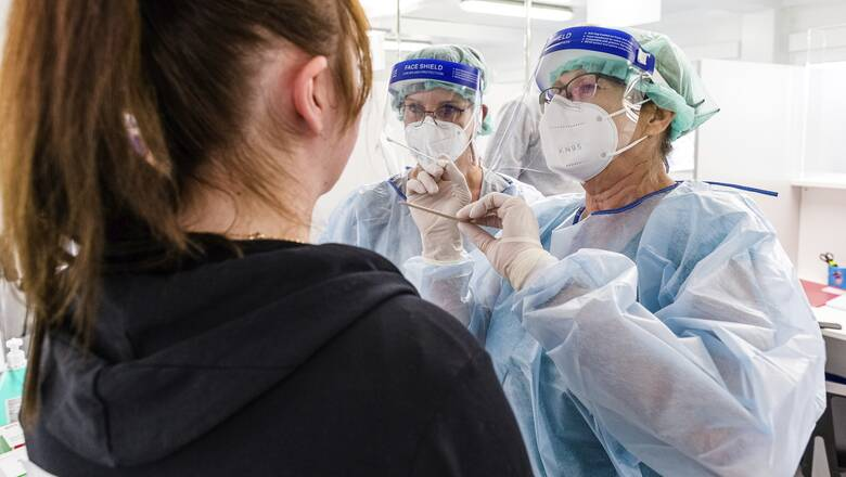 Νέα έρευνα: Ιταλοί επιστήμονες προτείνουν επανέλεγχο έναν μήνα μετά το πρώτο θετικό τεστ κορωνοϊού