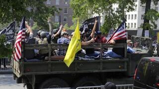 Τις σελίδες της ακροδεξιάς οργάνωσης Patriot Prayer «κατέβασε» το Facebook