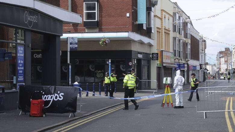 Συναγερμός στο Μπέρμινχαμ μετά από αναφορές για «πολλαπλά μαχαιρώματα»
