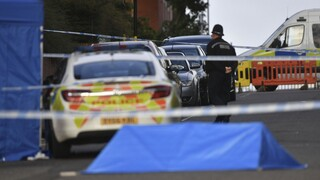 Μπέρμινχαμ: Ένας νεκρός και δύο σοβαρά τραυματίες σε μια σειρά από επιθέσεις με μαχαίρι